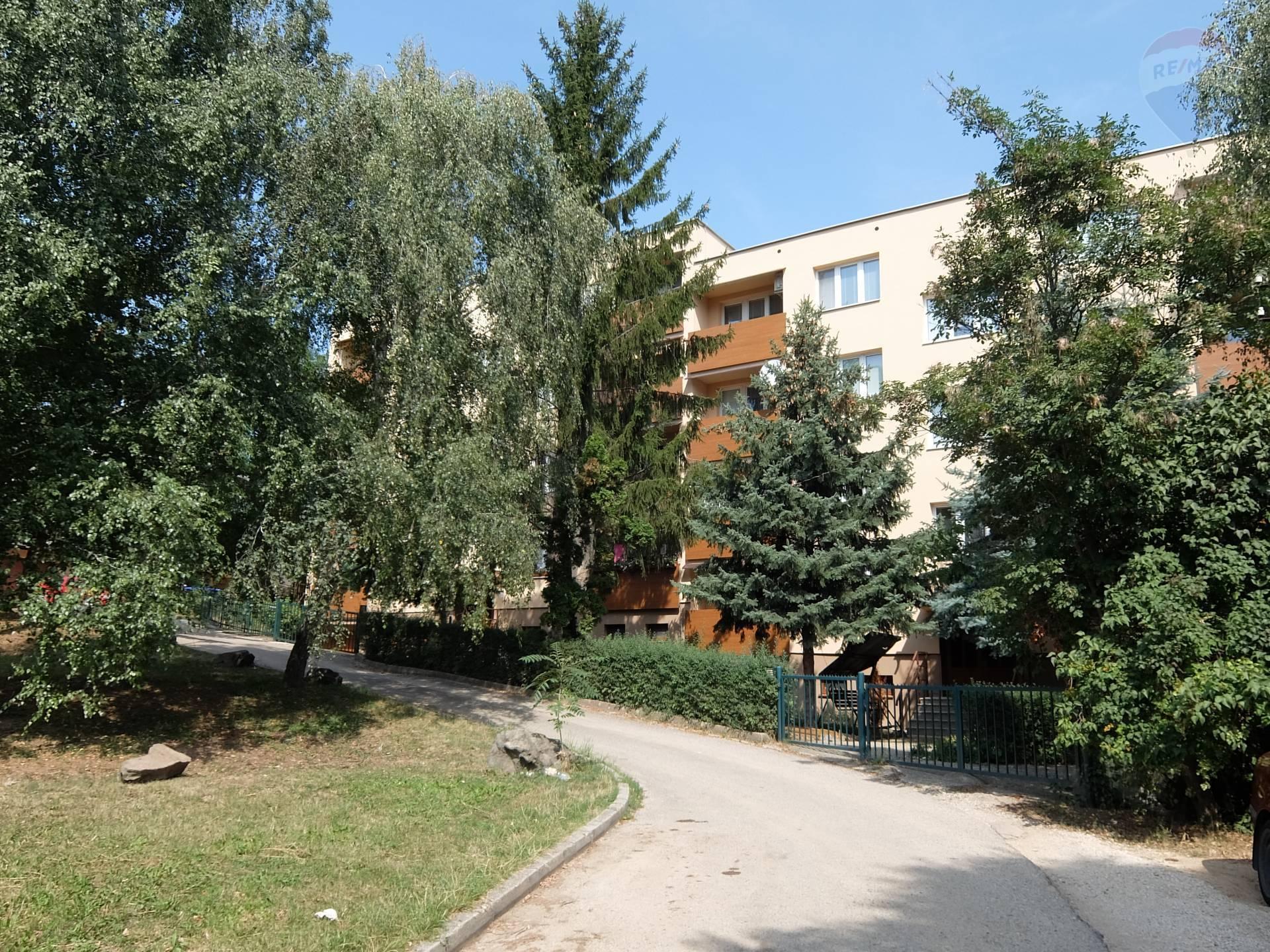 REZERVOVANÉ! predaj 3 izbový byt Nitra, Hlboká