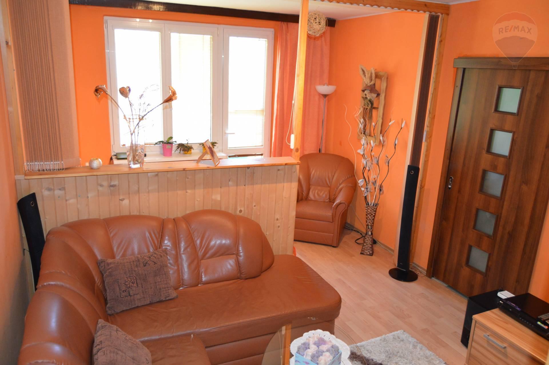 predaj 2 izbový byt Nitra, Párovská
