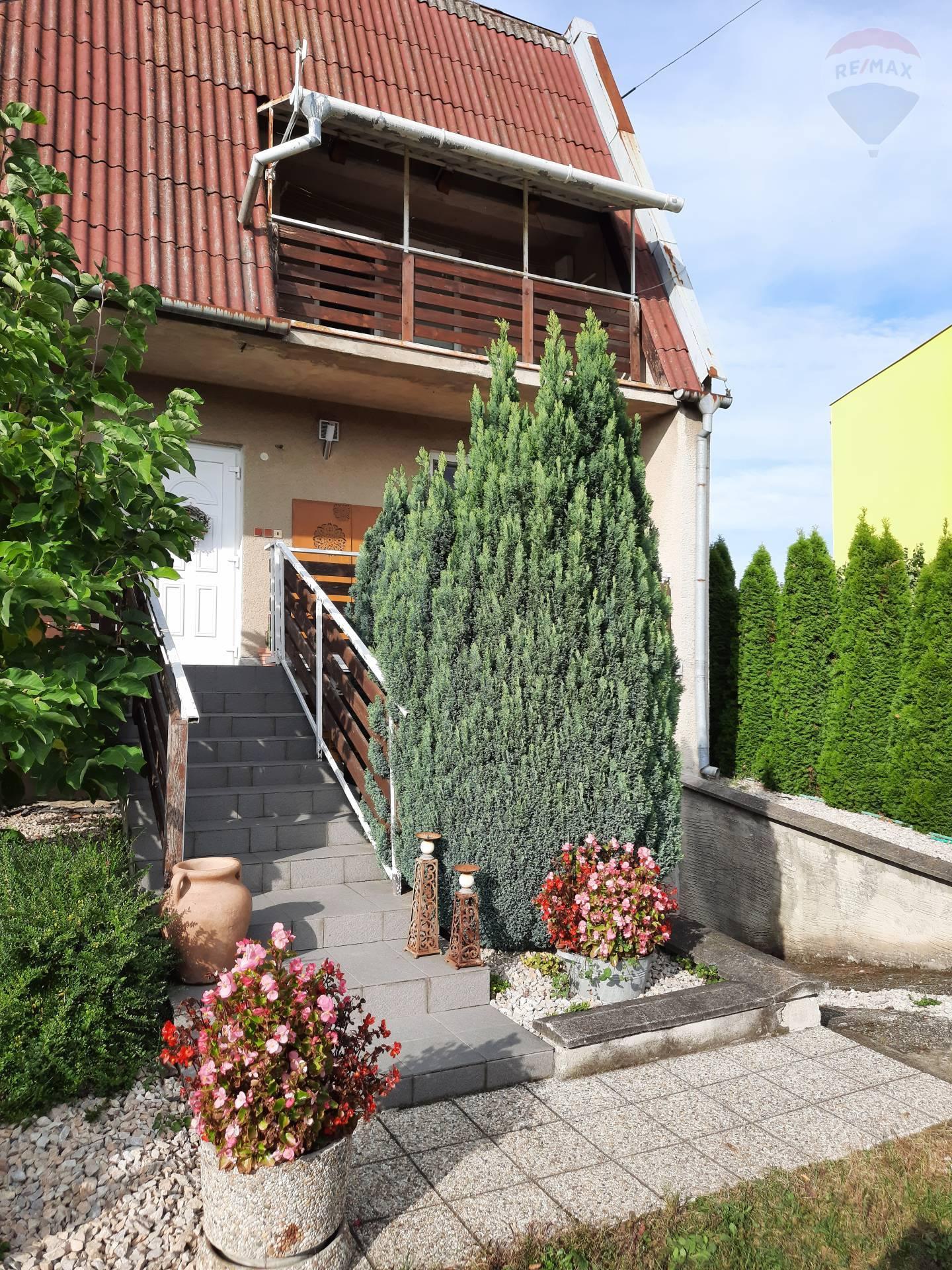 predaj rodinný dom Bajč