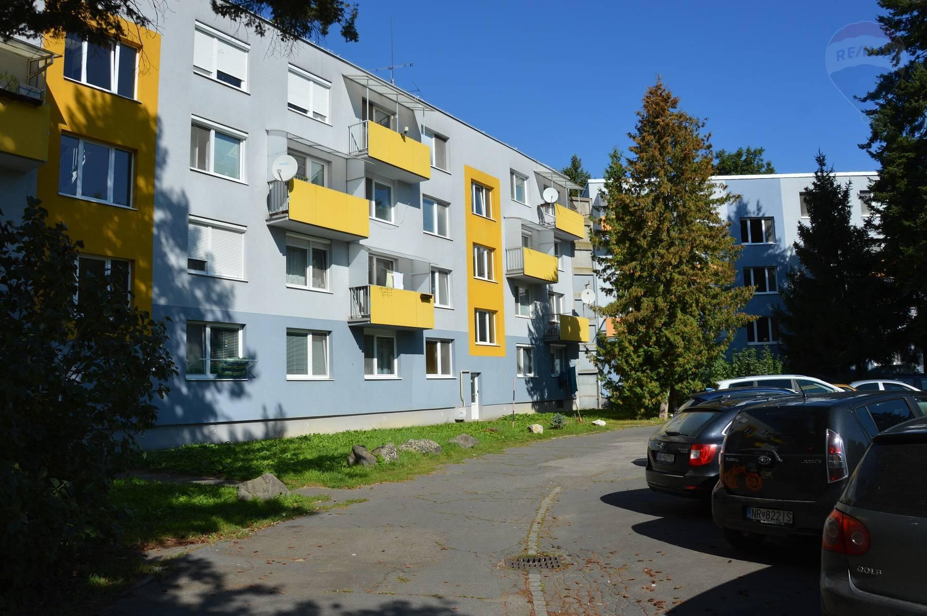 predaj 3 izbový byt Nitra, Lomnická